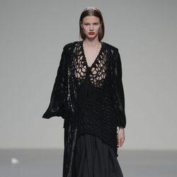 Look total black de la colección otoño/invierno 2013/2014 de Pablo Erroz en El Ego de Madrid Fashion Week