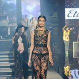 Vestido de encaje de la colección primavera/verano 2013 de Etam