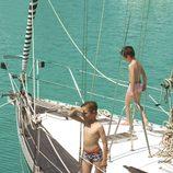Bañadores de la colección 'Navy Gold' verano 2013 de Dolores Cortés Kids