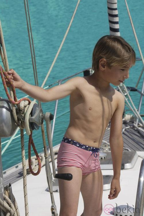 Bañador niño de la colección 'Navy Gold' verano 2013 de Dolores Cortés Kids