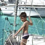 Traje de baño de la colección 'Navy Gold' verano 2013 de Dolores Cortés Kids