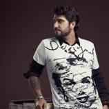 La colección primavera/verano 2013 de Desigual viste a Antonio Orozco en su gira 'Único'