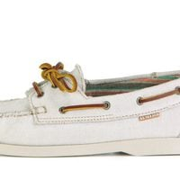 Náutico blanco de la colección masculina primavera/verano 2013 de U.S. Polo Assn.