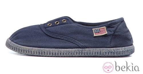 Zapatilla azul de la colección de niño primavera/verano 2013 de U.S. Polo Assn.