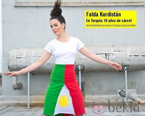 Falda Kurdistán de la colección 'Ropa Comprometida' de Amnistía Internacional