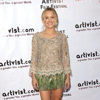 Kristen Bell vestida de Alberta Ferretti