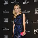 Diane Kruger con diseño azul y negro de Vionnet