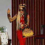 Lady Gaga con traje rojo en Taiwan
