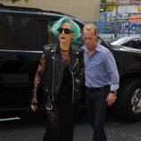 Lady Gaga con encaje y transparencias