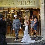 Petra Ecclestone con traje blanco de Ralph & Russo