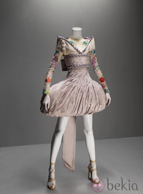 Vestido de It's only a game de Alexander McQueen