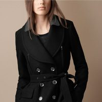 Abrigo trench con doble cuello de Burberry