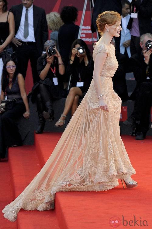 Falda transparente del Elie Saab de Jessica Chastain en Venecia