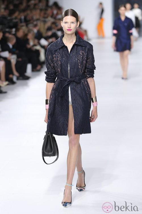 Chaqueta tipo gabardina de la colección crucero 2014 de Dior