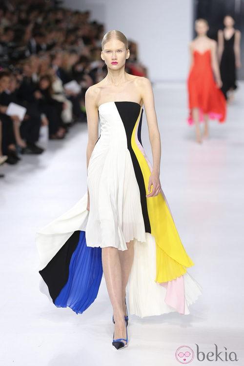 Vestido palabra de honor de la colección crucero 2014 de Dior