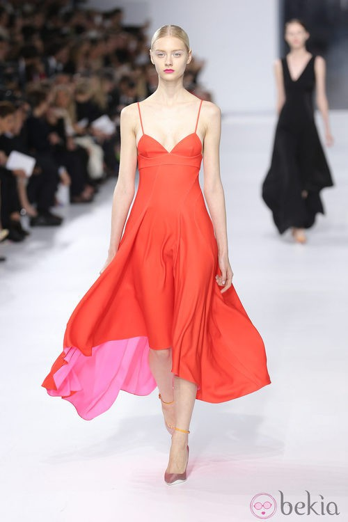 Vestido rojo de la colección crucero 2014 de Dior
