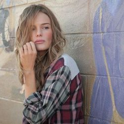 Kate Bosworth con una camisa de cuadros de la 'Festival Collection' de Topshop