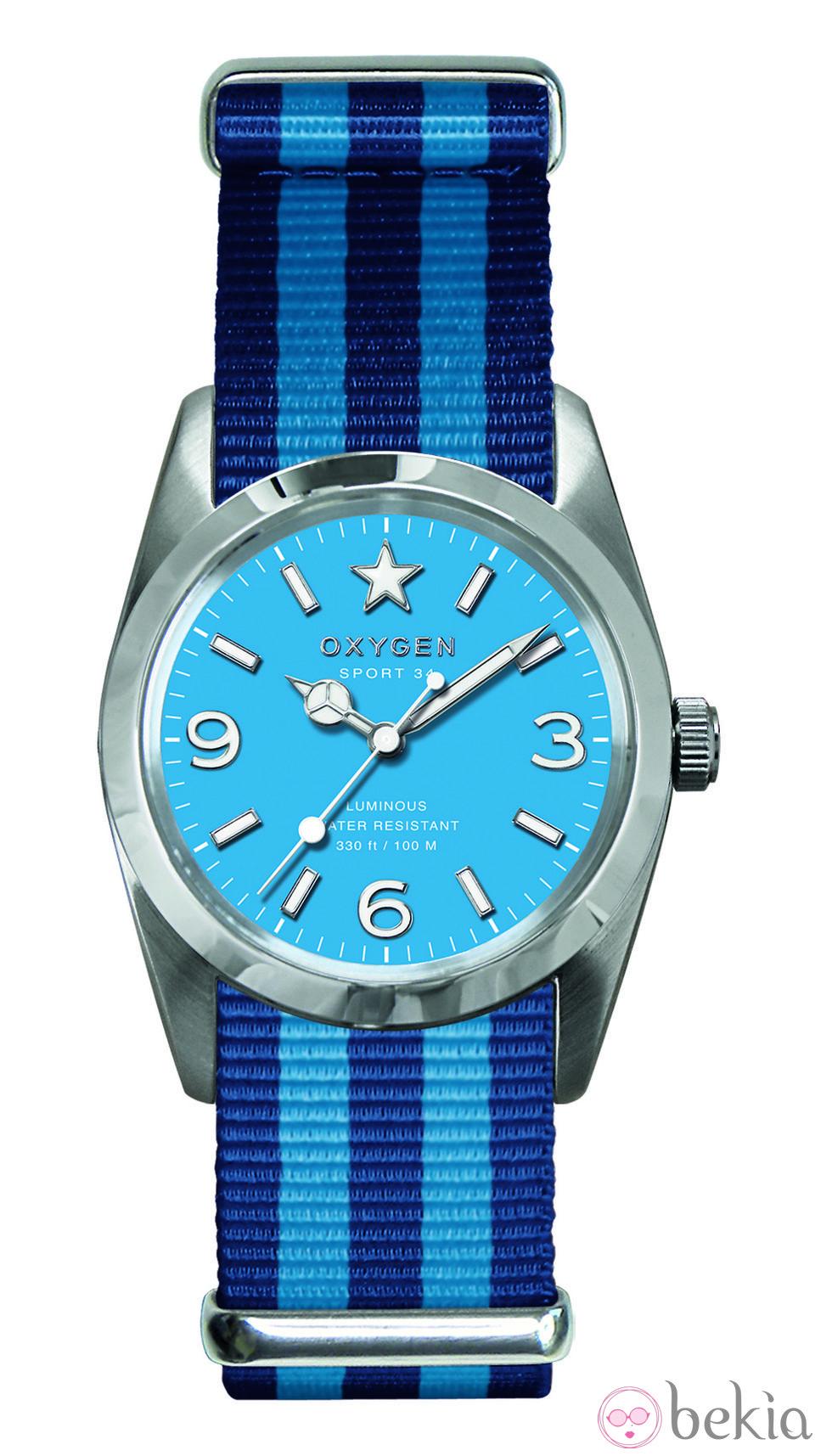 7579cc912670 Reloj azul modelo Sport 34 de la colección primavera verano 2013 de Oxygen