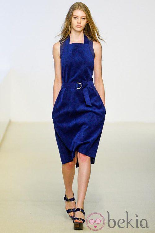 Vestido azul de la colección Resort 2014 de Calvin Klein