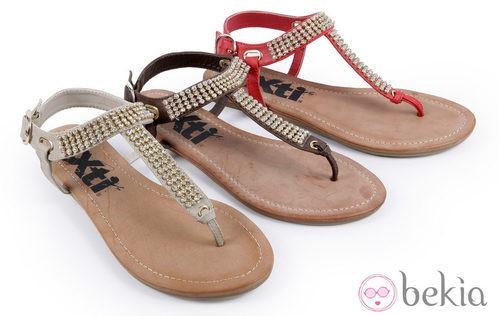 Sandalias con pedrería de la colección 'Innovación' primavera/verano 2013 de XTI