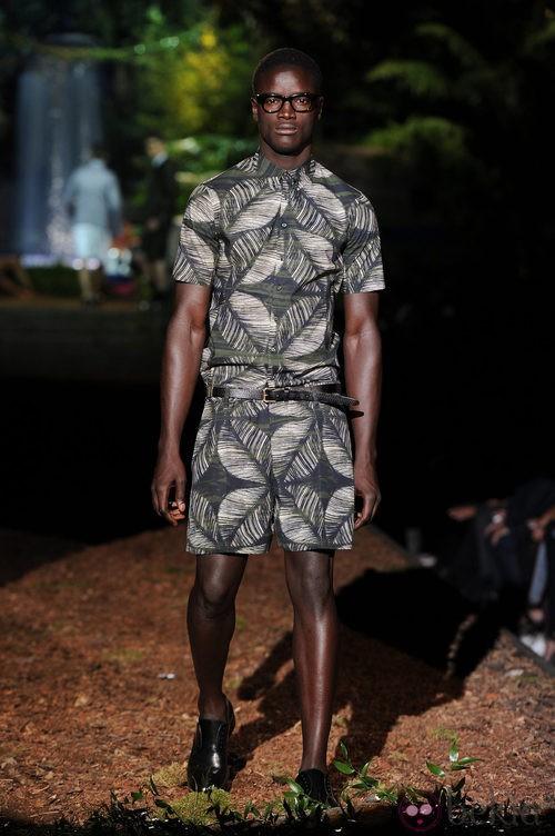 Mono estampado de la colección primavera/verano 2014 de DSquared2 en la Semana de la Moda de Milán