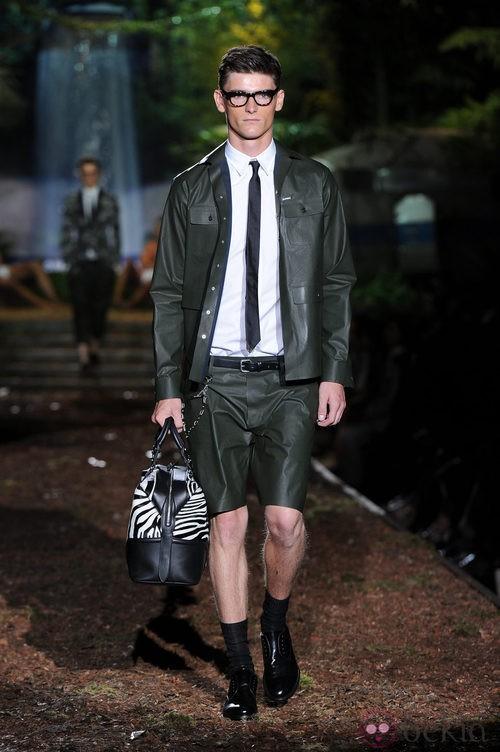 Traje de la colección primavera/verano 2014 de DSquared2 en la Semana de la Moda de Milán