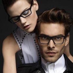 Jon Kortajarena y Saskia de Brauw presentan las gafas de sol de Karl Lagerfeld Eyewear