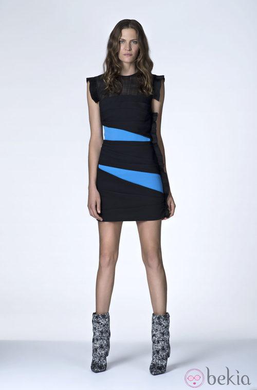 Vestido corto de color negro de la Colección Resort 2014 de Emanuel Ungaro