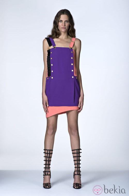 Vestido morado y coral de la Colección Resort 2014 de Emanuel Ungaro