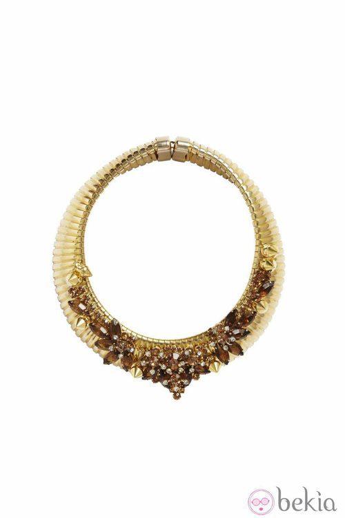Collar dorado de la colección primavera/verano 2013 de Asos