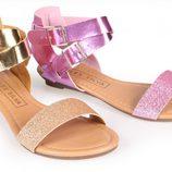 Sandalias metalizadas de la colección primavera/verano 2013 de Alex Silva