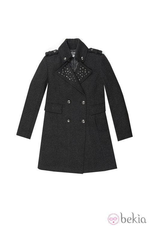 Abrigo negro de la colección otoño/invierno 2013 de Lois