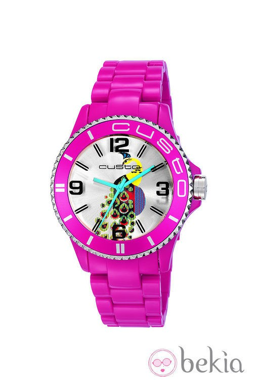 Reloj con correa fucsia de la colección primavera/verano 2013 de Custo
