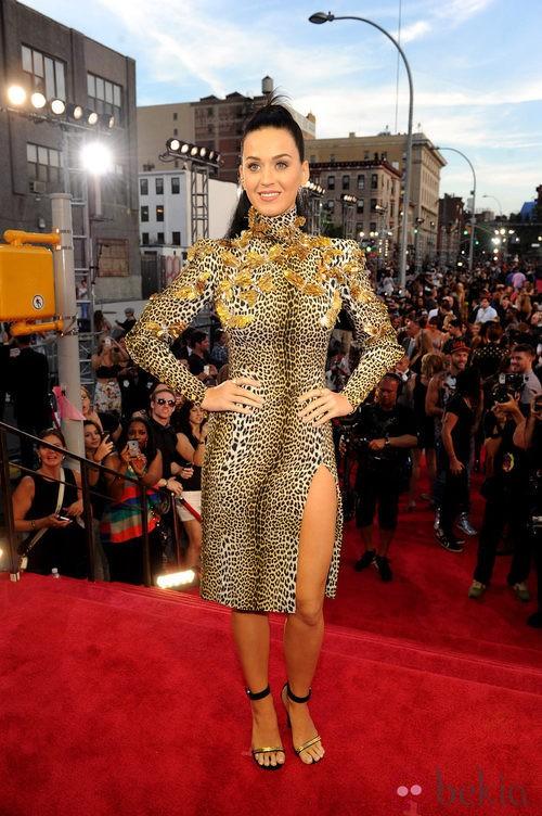 Katy Perry con un vestido de estampado print en los MTV VMA 2013