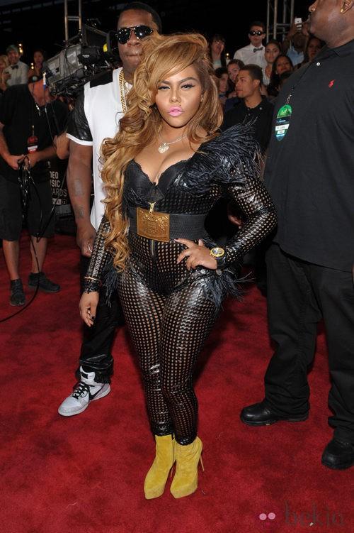 Lil'Kim con un ceñido jumpsuit en los MTV VMA 2013
