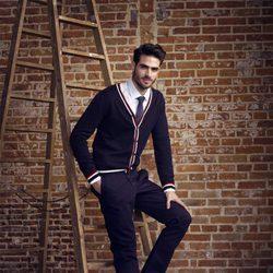 Juan Betancourt con zapatillas de la coleccion otoño/invierno 2013 de Xti