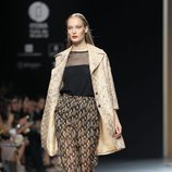 Top negro con transparencias de la colección primavera/verano 2014 de Ailanto en Madrid Fashion Week