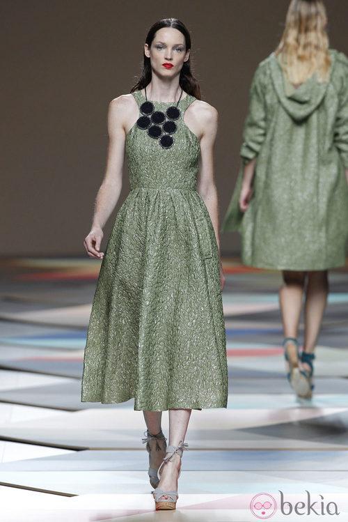 Vestido verde de la colección primavera/verano 2014 de Ailanto en Madrid Fashion Week