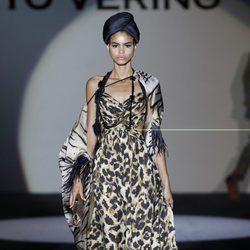 Vestido de leopardo de la colección primavera/verano 2014 de Roberto Verino en Madrid Fashion Week