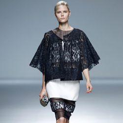 Look de superposiciones de la colección primavera/verano 2014 de Victorio & Lucchino en Madrid Fashion Week