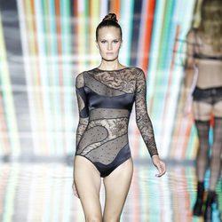 Body negro de la colección primavera/verano 2014 de Andrés Sardá en Madrid Fashion Week