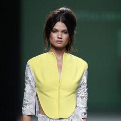 Chaleco bicolor de la colección primavera/verano 2014 de Devota&Lomba en Madrid Fashion Week