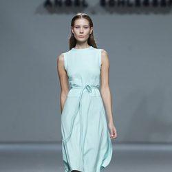 Vestido verde de la colección primavera/verano 2014 de Ángel Schlesser en Madrid Fashion Week