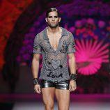 Jersey de rejilla de la colección primavera/verano 2014 de Francis Montesinos en Madrid Fashion Week