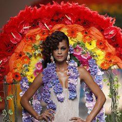 Adorno floral de la colección primavera/verano 2014 de Francis Montesinos en Madrid Fashion Week