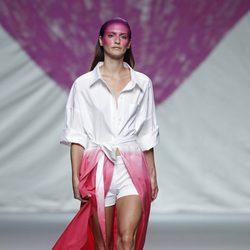 Gabardina degradada de la colección primavera/verano 2014 de Ágatha Ruiz de la Prada