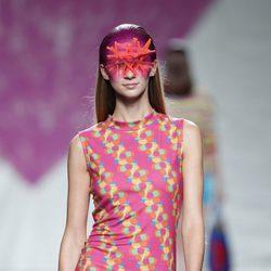 Vestido rosa de la colección primavera/verano 2014 de Ágatha Ruiz de la Prada en Madrid Fashion Week
