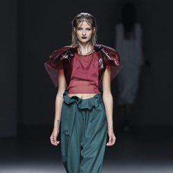 Pantalón verde de la colección primavera/verano 2014 de María Barros en Madrid Fashion Week