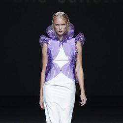 Chaqueta morada de la colección primavera/verano 2014 de María Barros en Madrid Fashion Week