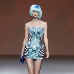 Corsé estampado y minifalda de la colección primavera/verano 2014 de Maya Hansen en Madrid Fashion Week